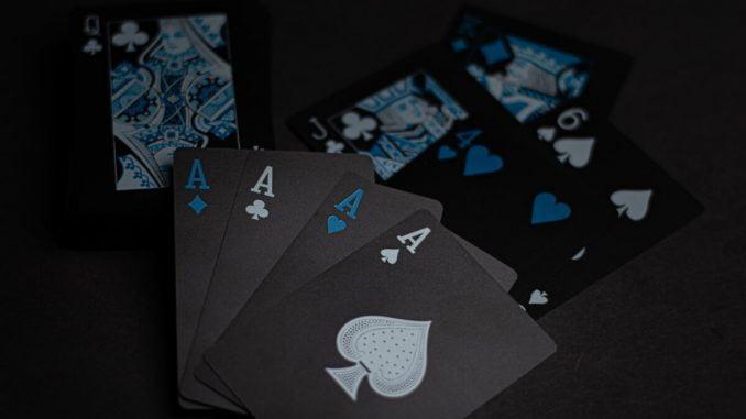 Vad är poker egentligen
